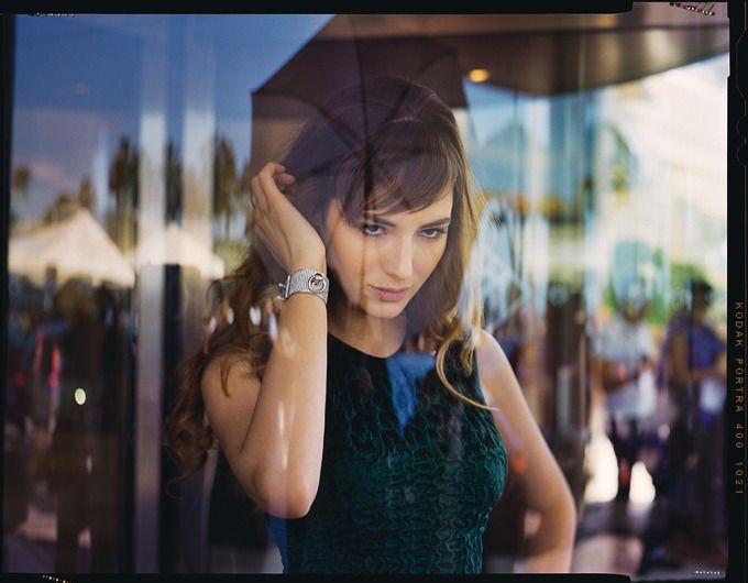 Louise Bourgoin http://madame.lefigaro.fr/celebrites/glamour-sequences-070612-231977