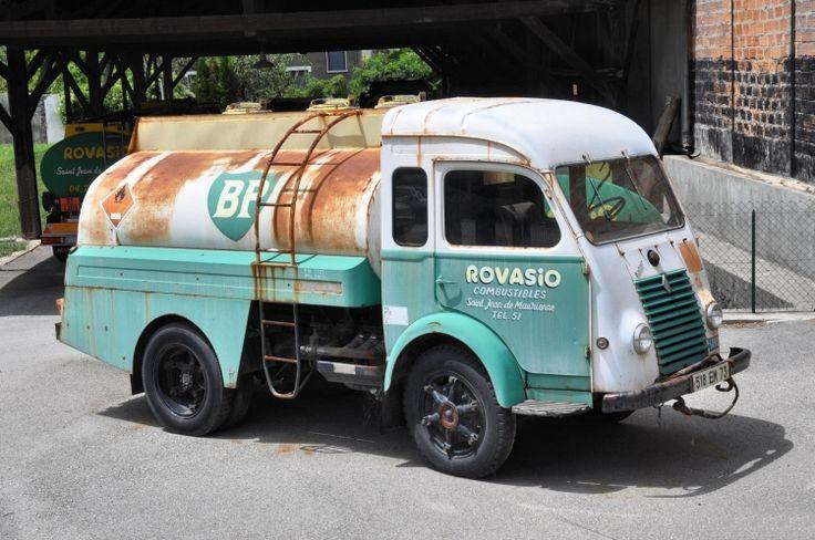 ce renault go lette tait produit dans les ann es 1950 1960 dans son jus ce camion garde tout. Black Bedroom Furniture Sets. Home Design Ideas