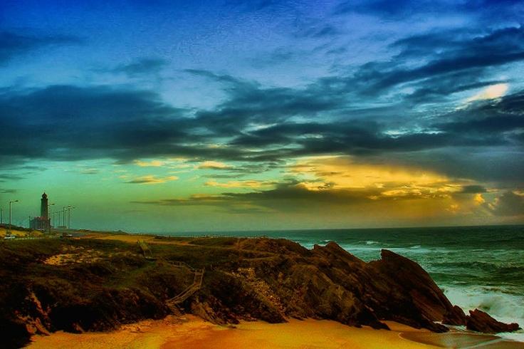 Farol de S.Pedro, e a Praia da Concha.