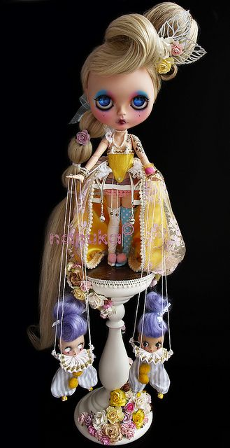 Blythe puppeteer
