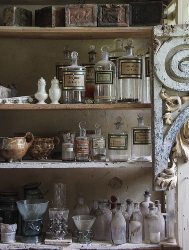 Le Chateau - store room