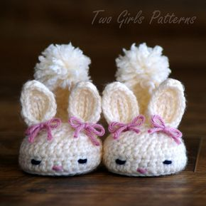 Crochet Patterns Classic Year-Round Bunny House Slippers PDF – Pattern number 204 Instant Download kc550