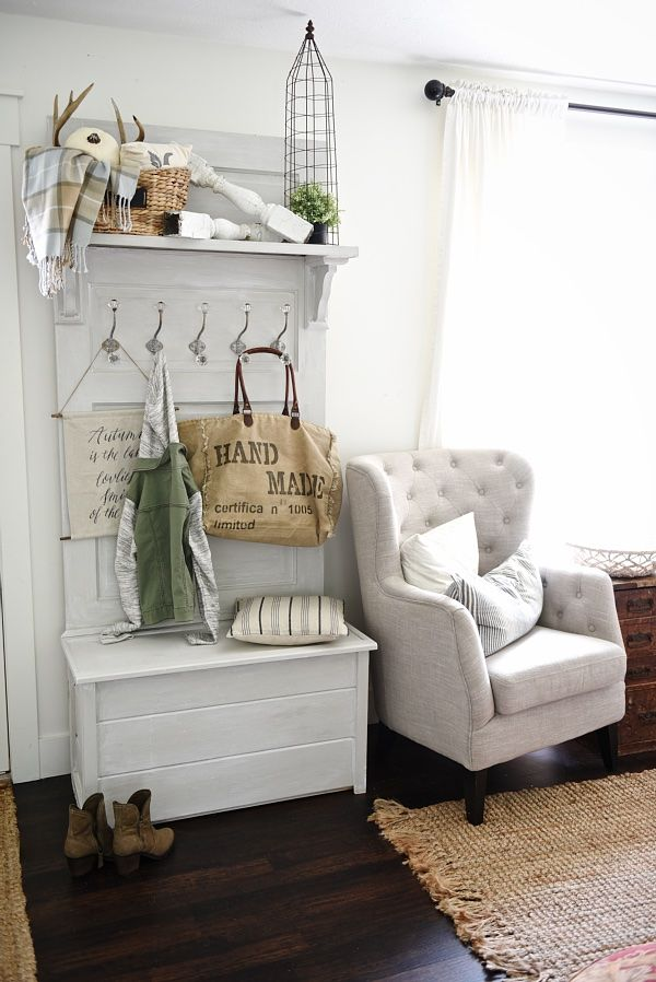 Farmhouse Decor Ideas - Beautiful DIY Home Decor that you can do. Pin it now and…