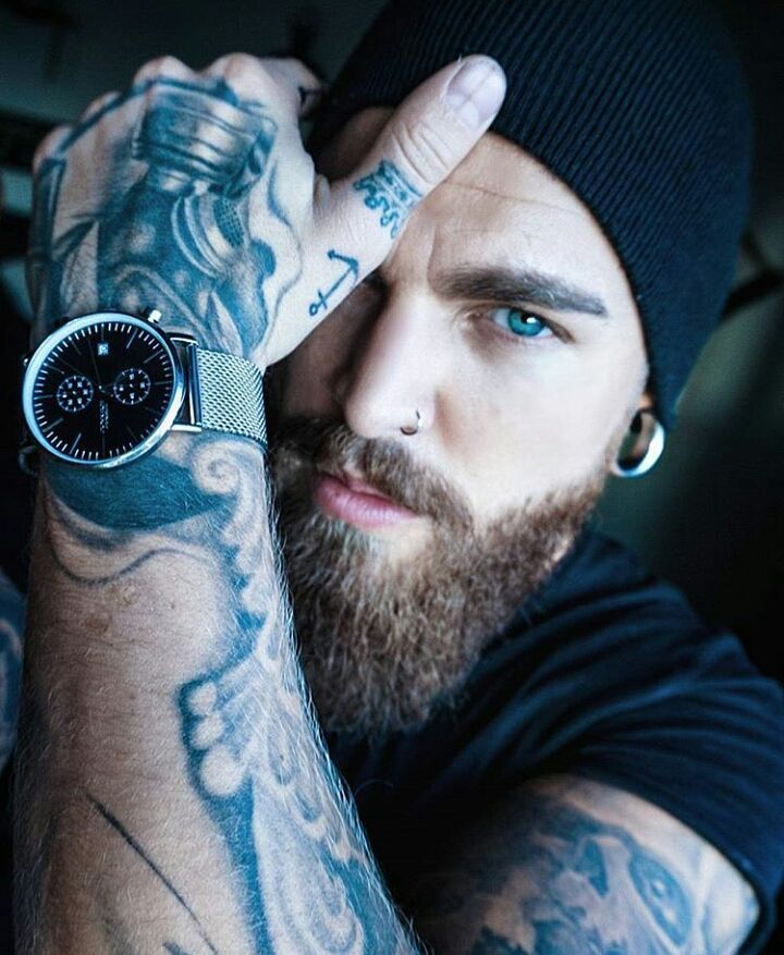 "1,250 mentions J'aime, 6 commentaires - Beardsandinks (@stylish_beards_and_inks) sur Instagram : ""Double tap for more beard pictures  _ #Beardedman #Beardedface #beardgang #beardsofinstagram…"""