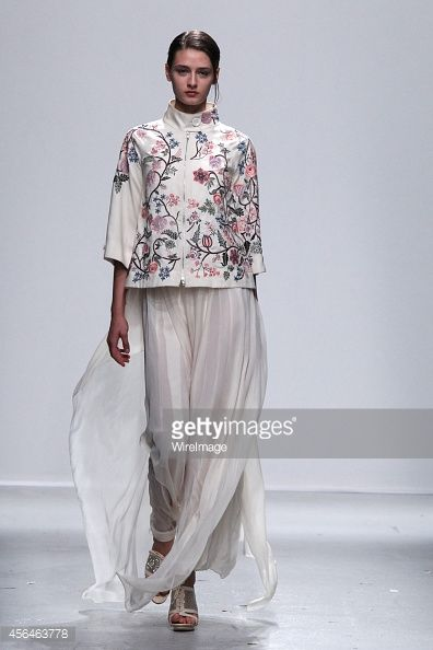 Rahul Mishra 2015 -  www.sewingavenue.com