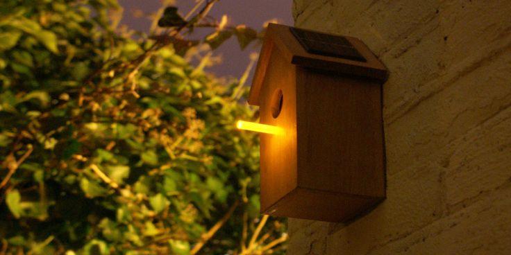 Studio OOOMS, solar birdhouse