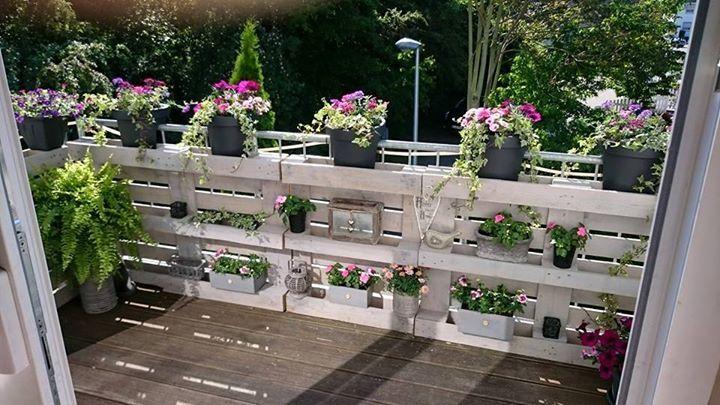 Blumengeländer aus Europaletten