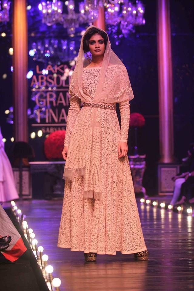 Grand Finale Lakme Fashion Week - Sabyasachi #lfw2013 #lehnga #embellished #embroidery #sabyasachi #sari