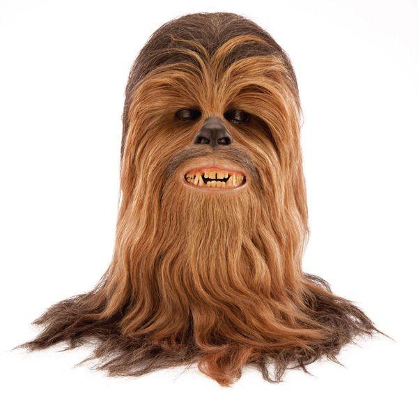 Le masque original de Chewbacca vendu 172.000$ aux enchères