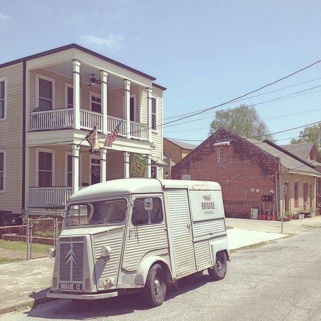 44 best garage images on pinterest garages carriage house and garage. Black Bedroom Furniture Sets. Home Design Ideas