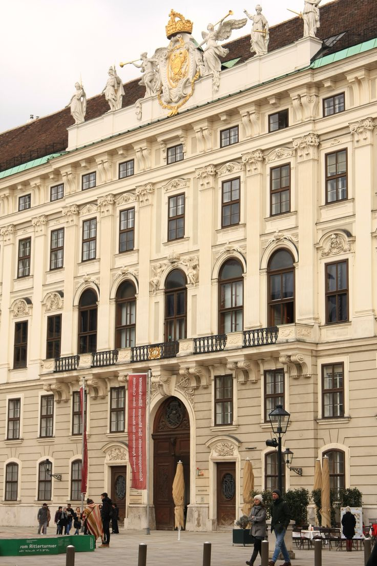 What to visit in Vienna? Sisi's museum in the Hofburg Palace!