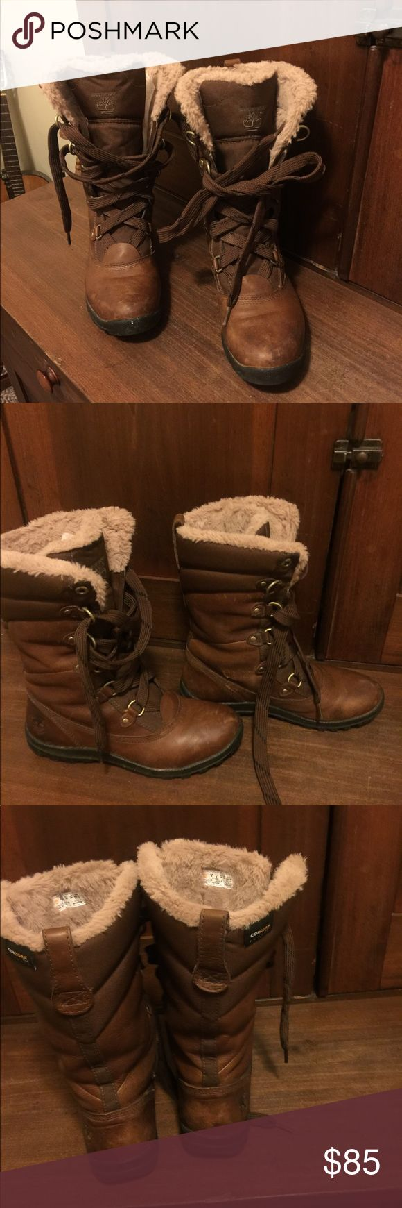 Ladies leather fur lined Timberland boots Good used condition women's Timberland EarthKeepers distressed leather .Green index rated and 100% waterproof rated.Very nice  warm and comfortable walking boots.Size 8.Price marked for small flaw scuff see picture. Timberland Shoes Winter & Rain Boots