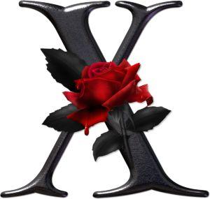 Abecedario gótico adornado con rosas. Letra X mayúscula.