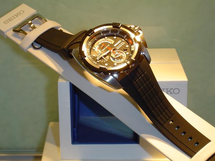 """Seiko """"velatura"""".alarma,chrono,100 metros,cristal de zafiro. PVP 476 € (antes 595 €)"""