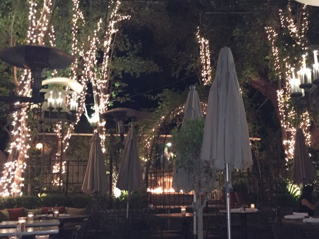 Restaurant scenery in LA