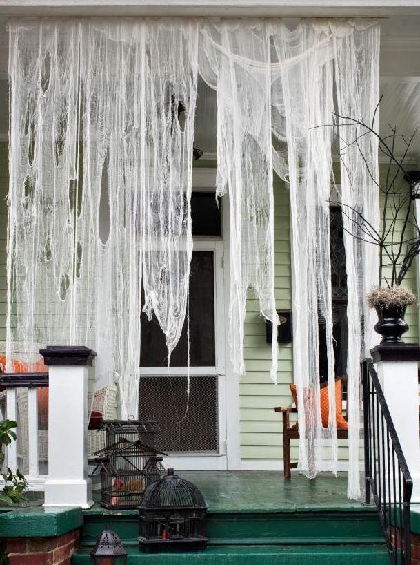 25 Spooky Diy Halloween Door Decorations 2017 Halloween