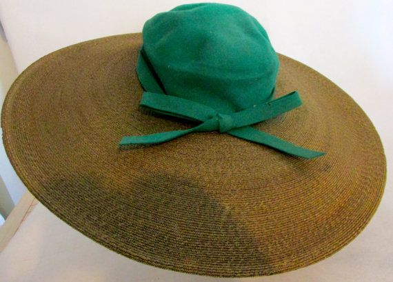 Huge Brimmed Green Felt hat Vintage 1940's от BelleDesignsVintage