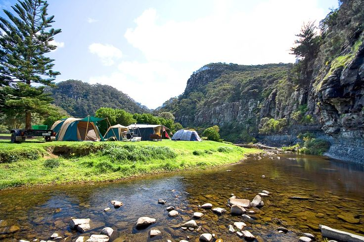 Cumberland River Holiday Park with campsites and cabin accommodation is situated right on the Great Ocean Road at Cumberland River, 7kms South West of Lorne.