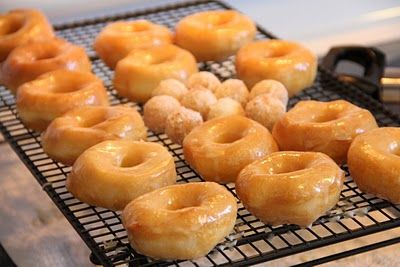 homemade donuts made from a can of pillsbury biscuits!