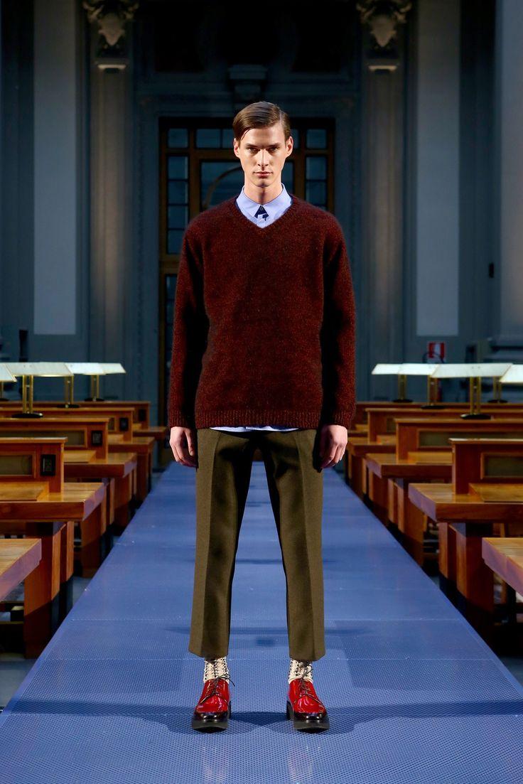 No-21: fall 2014 menswear fashion show. Original to Vogue.com slideshow: https://www.vogue.com/fashion-shows/fall-2014-menswear/no-21/slideshow/collection#15