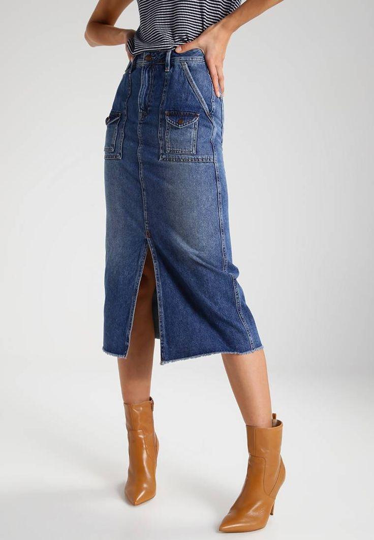 PIPPA ARCHIVE COLLECTION - Maxirock - denim. #denim #jeans #fashion #zalando Material Oberstoff:100% Baumwolle. Gesamtlänge:84 cm bei Größe S. Details:Reißverschluss,Eingrifftaschen,Fransen. Pflegehinweise:Maschinenwäsche bei 40°C,nicht Trockner geeignet. Materialkonstrukti...