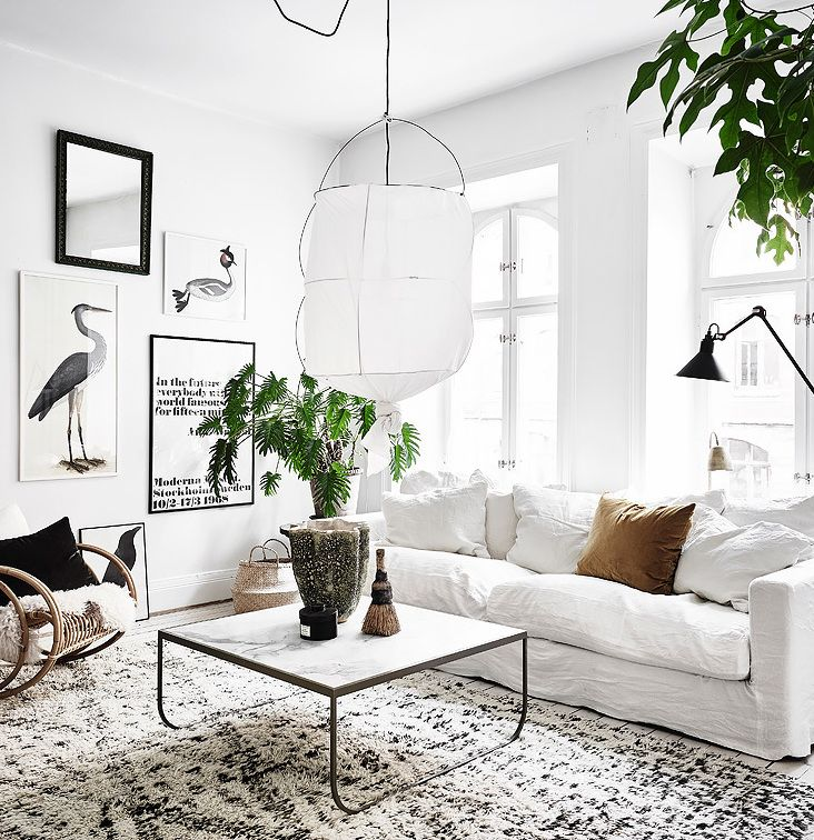 White and vintage via Coco Lapine Design
