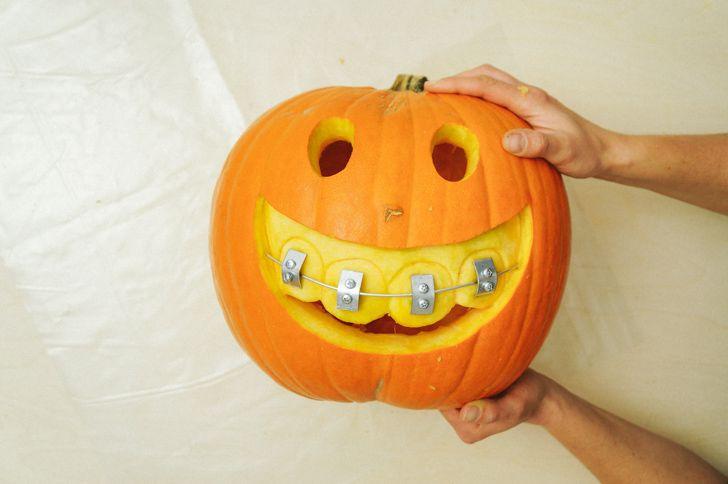 How to Make Halloween Jack-o-Lantern With Braces - DIY & Crafts - Handimania