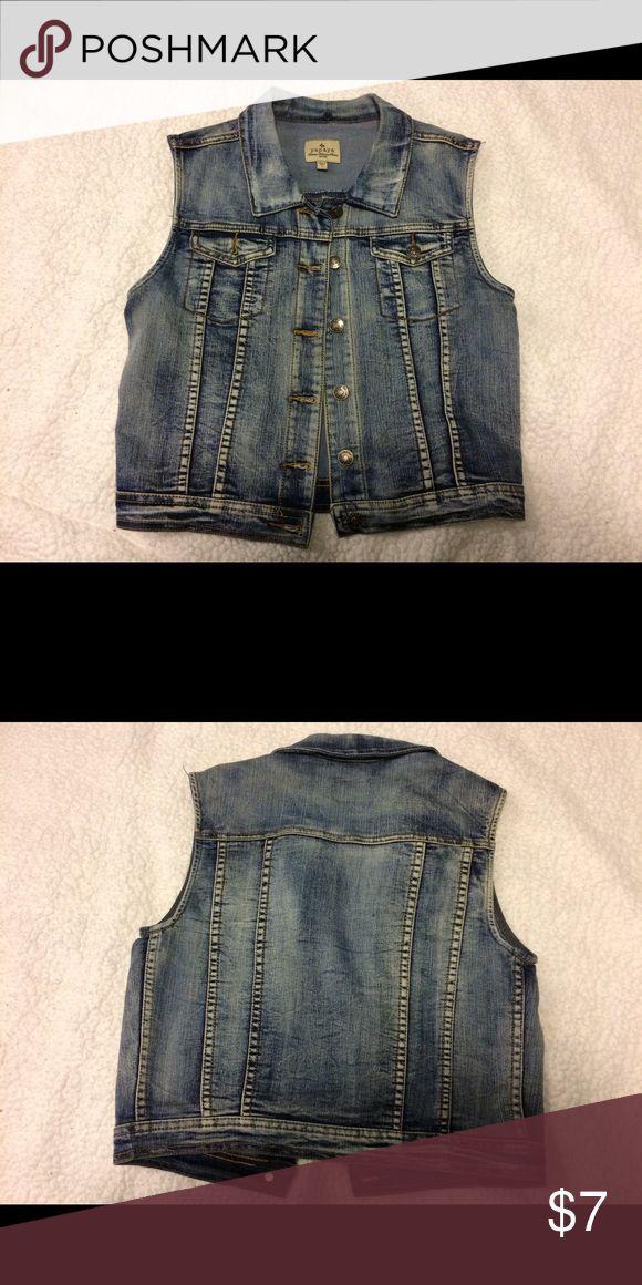 Papaya Sleeveless Denim Jacket Denim sleeveless jacket. Juniors large Papaya Jackets & Coats Jean Jackets