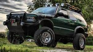 "Superlift K327B S10 Blazer ZR2, S15 Jimmy Highrider 6"" lift kit"