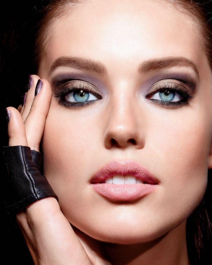 Celebrity Fashionation - Celebrity Endorsement Ads