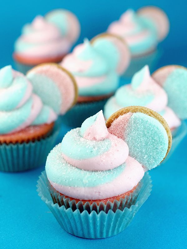 Cotton Candy Oreo Cupcakes