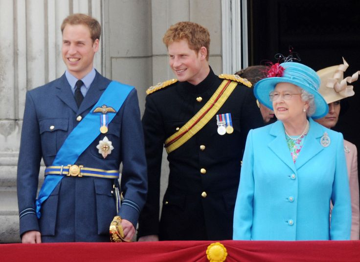 This Is What Queen Elizabeth Thinks of Prince Harry and Meghan Markle's Relationship
