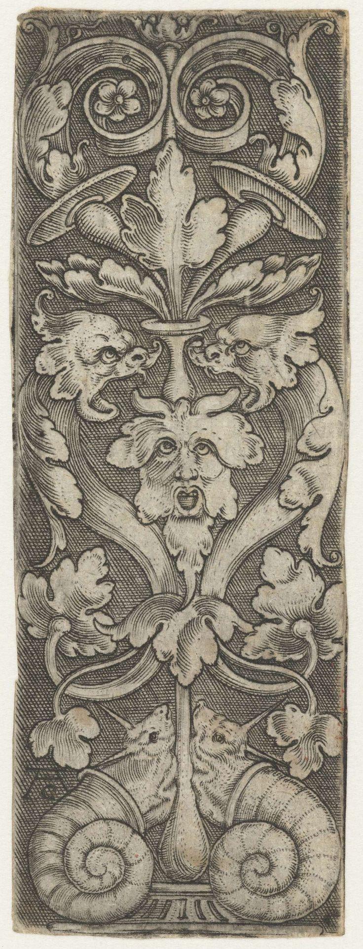 Ornament met twee zeedieren en twee slakken, attributed to Monogrammist AC (16e eeuw), 1520 - 1562