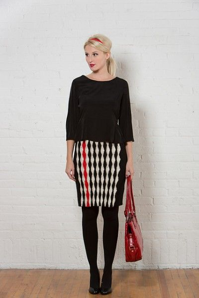 I also adore this unique #crochet skirt pattern that was in the Winter 2012 issue of Clotheshorse Mag!