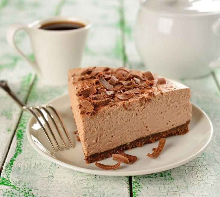 Siete golosi? Allora se organizzate un #brunch non dimenticatevi di preparare una #cheesecake al #cioccolato: http://www.saporie.com/it/doc-s-142-13202-1-cheesecake_al_cioccolato.aspx #ricetta