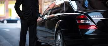 Importance of hiring limo service Austin. For more information http://www.austinlimousineservice.com