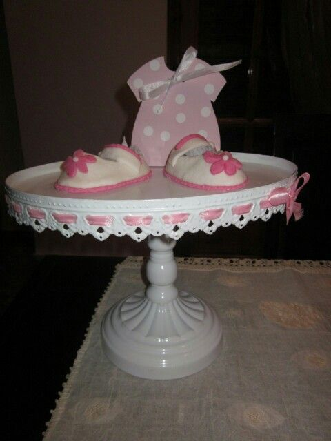 Sugar paste shoes by Vasiliki!