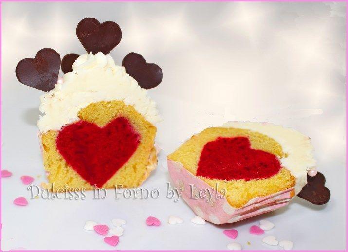 Cupcake con cuore al centro per San Valentino