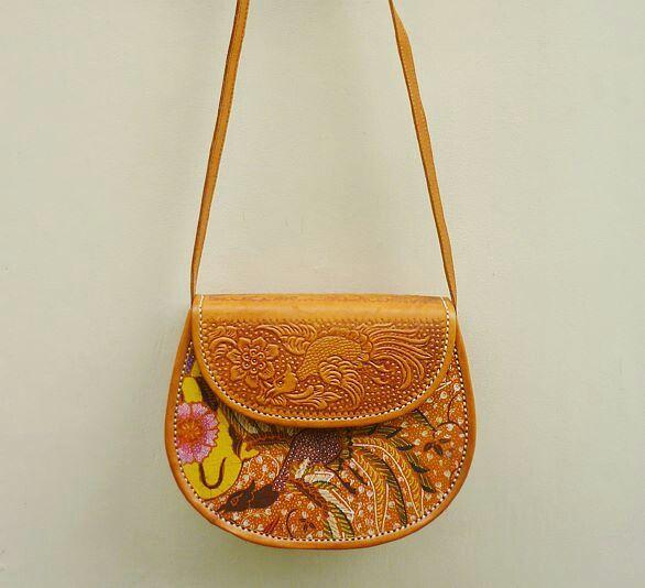 GK009 Premium Leather Bag - IDR 400.000