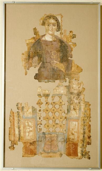 Portrait du Fayoum : femme tenant la croix ansée
