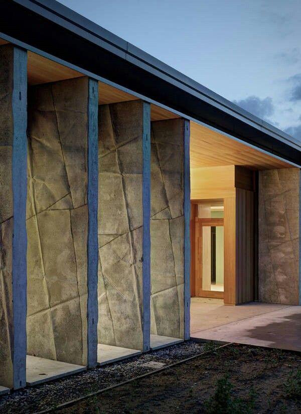 Textured concrete blades - Pedagogical Centre, Italy. (Photo: Marcello Mariana)