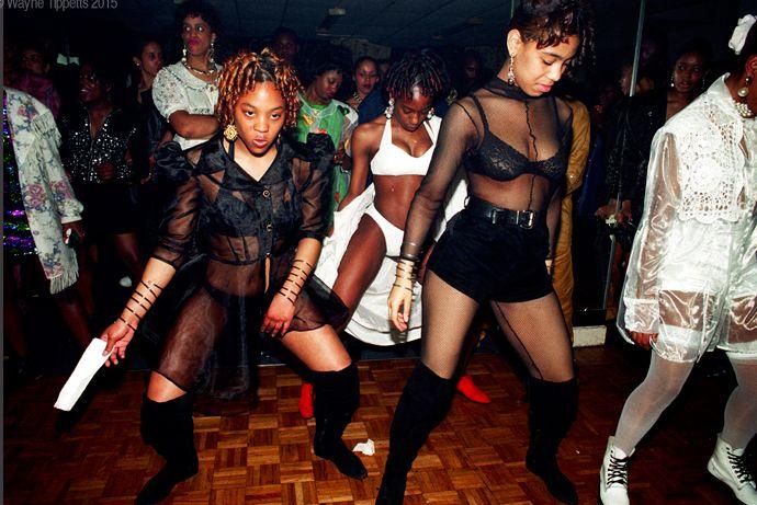 Ragga Girls Dancing at City Vibes Ragga Night Club, London, UK 1993. Photo ©Wayne Tippetts