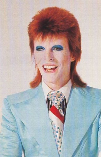 David Bowie on the set of his 'Life on Mars' promo video shoot, 1973. What a dude. rockpamperscissors.co.uk