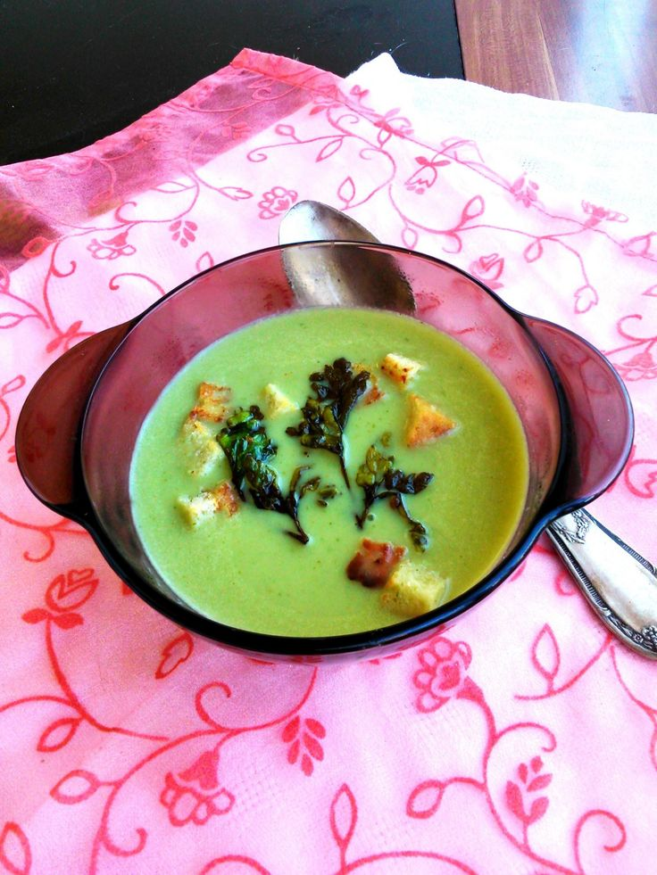 Petrezselyemleves - Parsley cream soup
