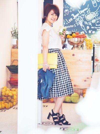 進化したGUを「きれいめおしゃれ」に着る方法 #anecan #fashion #GU #きれいめ #磯山さやか  #モノトーン #クラッチ #デート服