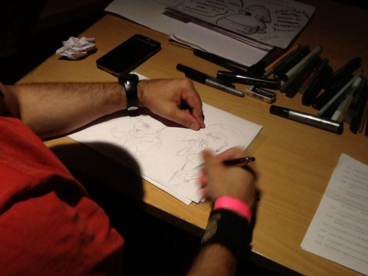E mentre @MicaelaGerogianakis presenta @JenusdiNazareth qui si disegnano fumetti! #SMMdayIT #Milano @21mmcds