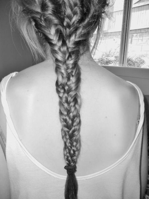 : Hair 3, White Hair, Hair Ideas, Hairrbraid Hair, Beautiful, Hairrlong Hair, Fishtail Braids, Braids Braids, Girls Hair