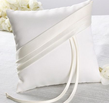 Holiday Gift Guide: Audrey Ring Bearer Pillow