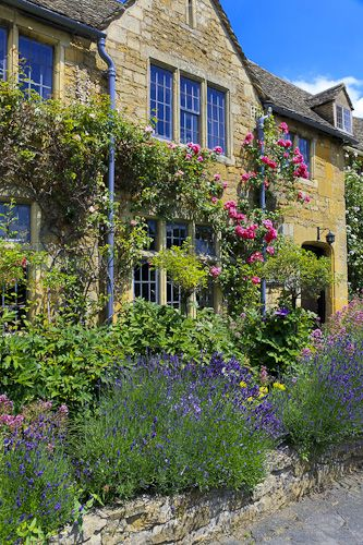 English Garden, Broadway, Cotswolds, Worcestershire
