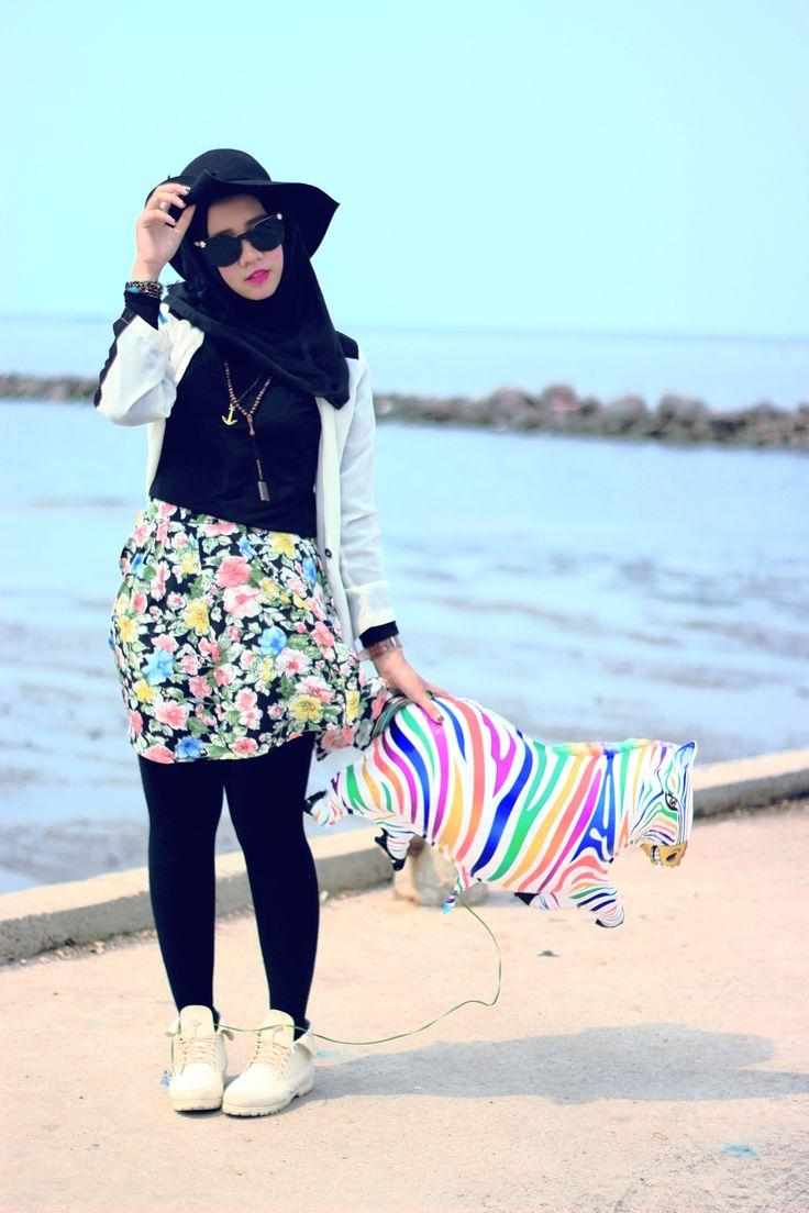 #hijab #khimar #fashionhijab #fashionmuslim #fashionstyle #hijabfashion #sarahmadya #ballons #indonesian #ootd #hijabootd